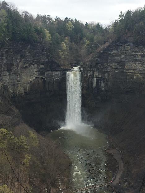taughannock falls overlook 2